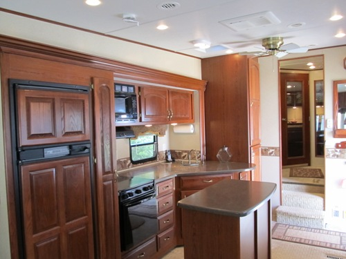 2007 Carriage Cameo Fifth Wheel FSBO in Kingston, Idaho