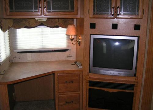 2005 Keystone Rv Montana View Large Photos Details