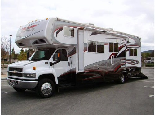 Class c rv toy hauler manufacturers wow blog for Toy hauler motor homes