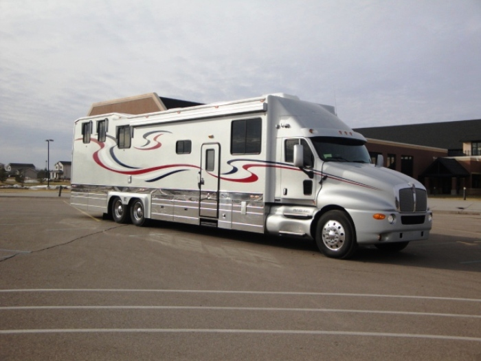 2003 kingsley coach custom 48ft toy hauler in elk river for Toy hauler motor homes