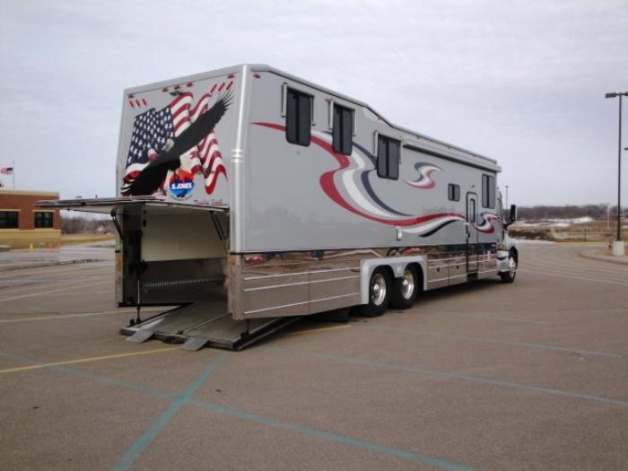 2003 Kingsley Coach Custom 48ft Toy Hauler In Elk River