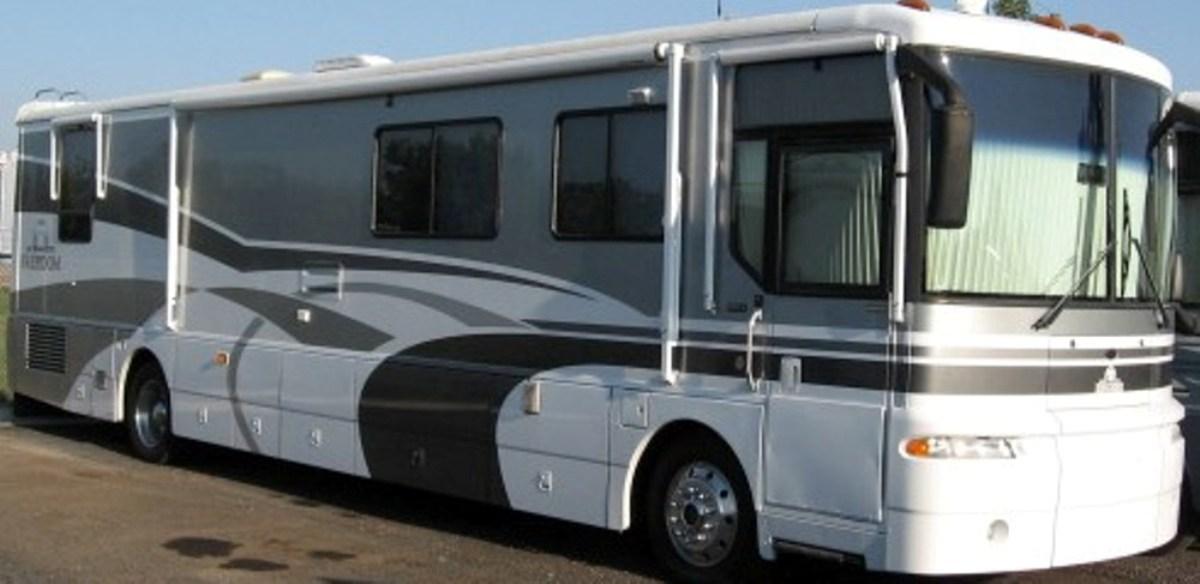 Luxury 2003 Winnebago Ultimate Freedom 40KD Class A Diesel Tucson AZ Freedom