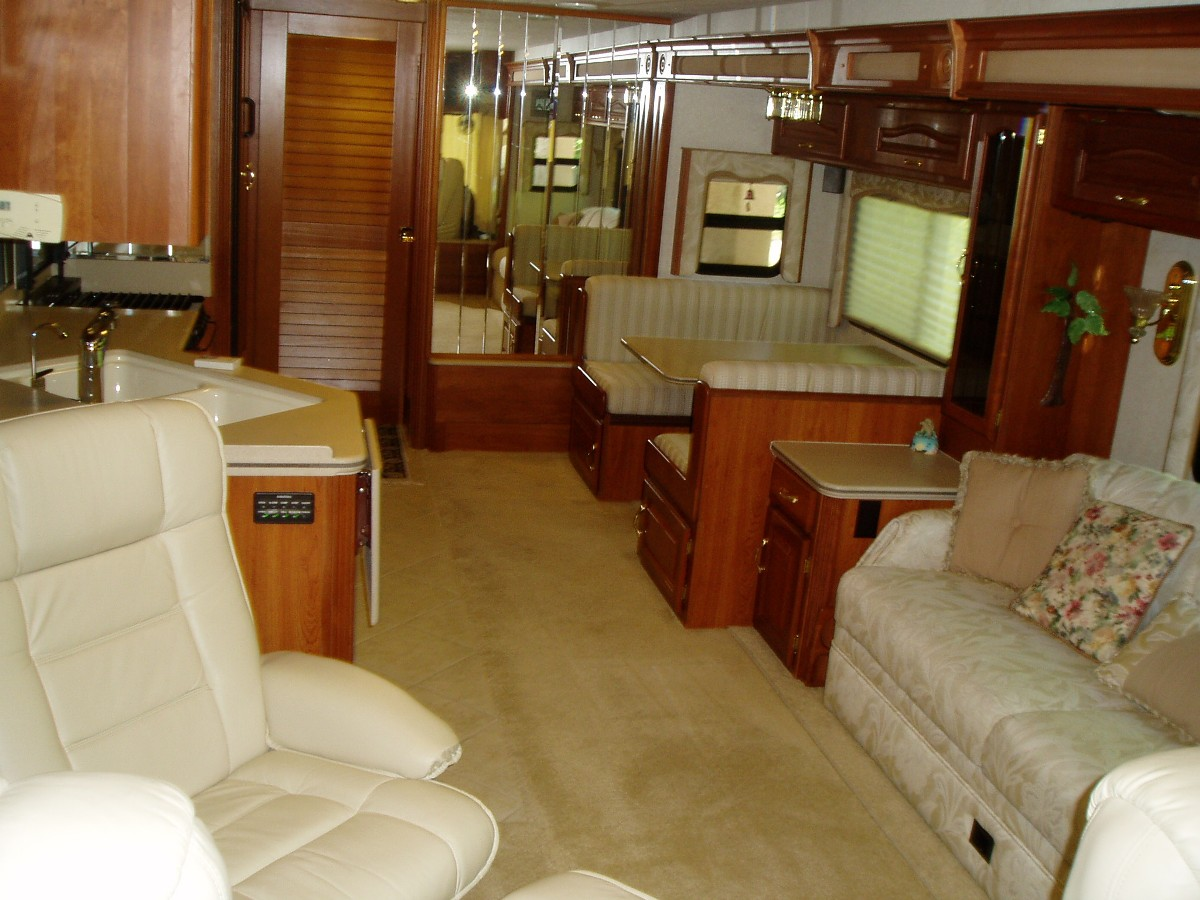 2004 National Rv Islander For Sale By Owner In Florida