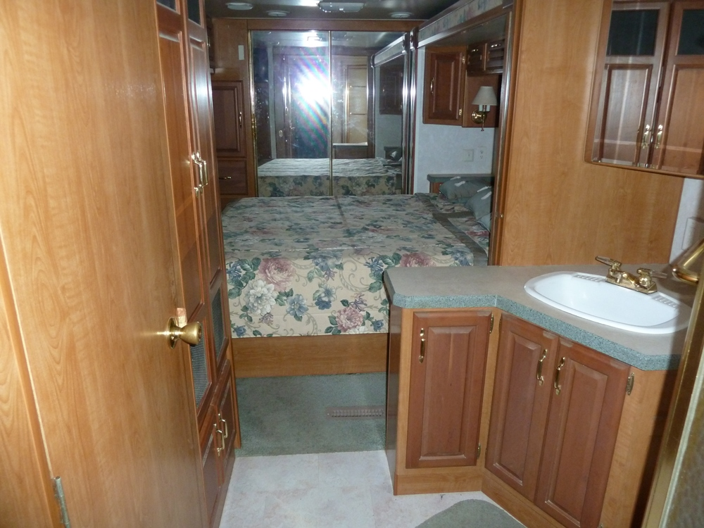 2001 Holiday Rambler Ambassador For Sale By Owner In Florida