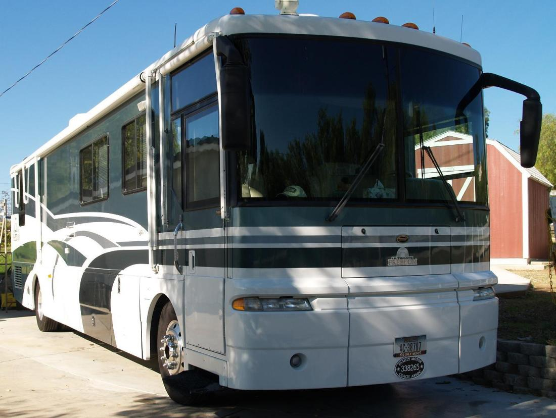 Creative 2000 National Dolphin 5352 Class A Gas Tulsa OK RV For Sale  RV