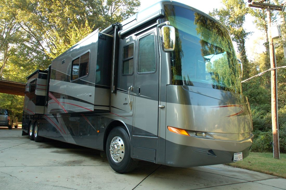 2007 Newmar Mountain Aire Brochure With Floorplans And Specs