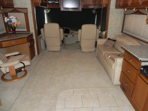 2007 Country Coach Tribute 260 Sequoia Photos Details
