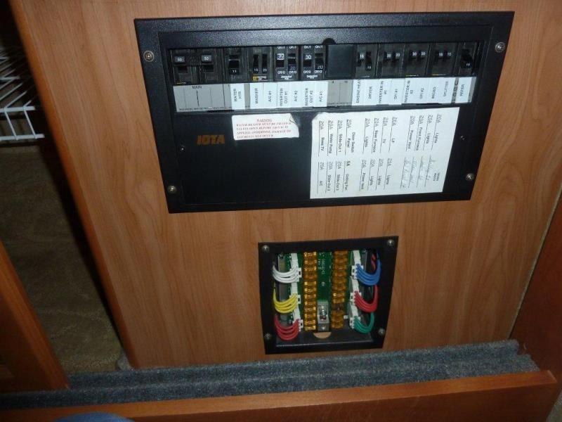 2010 Tiffin Phaeton 36qsh Photos Details Brochure