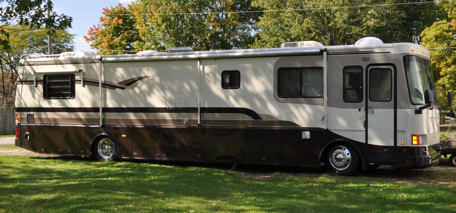 1996 Overland Lorado | Used Motorhomes and RVs for sale