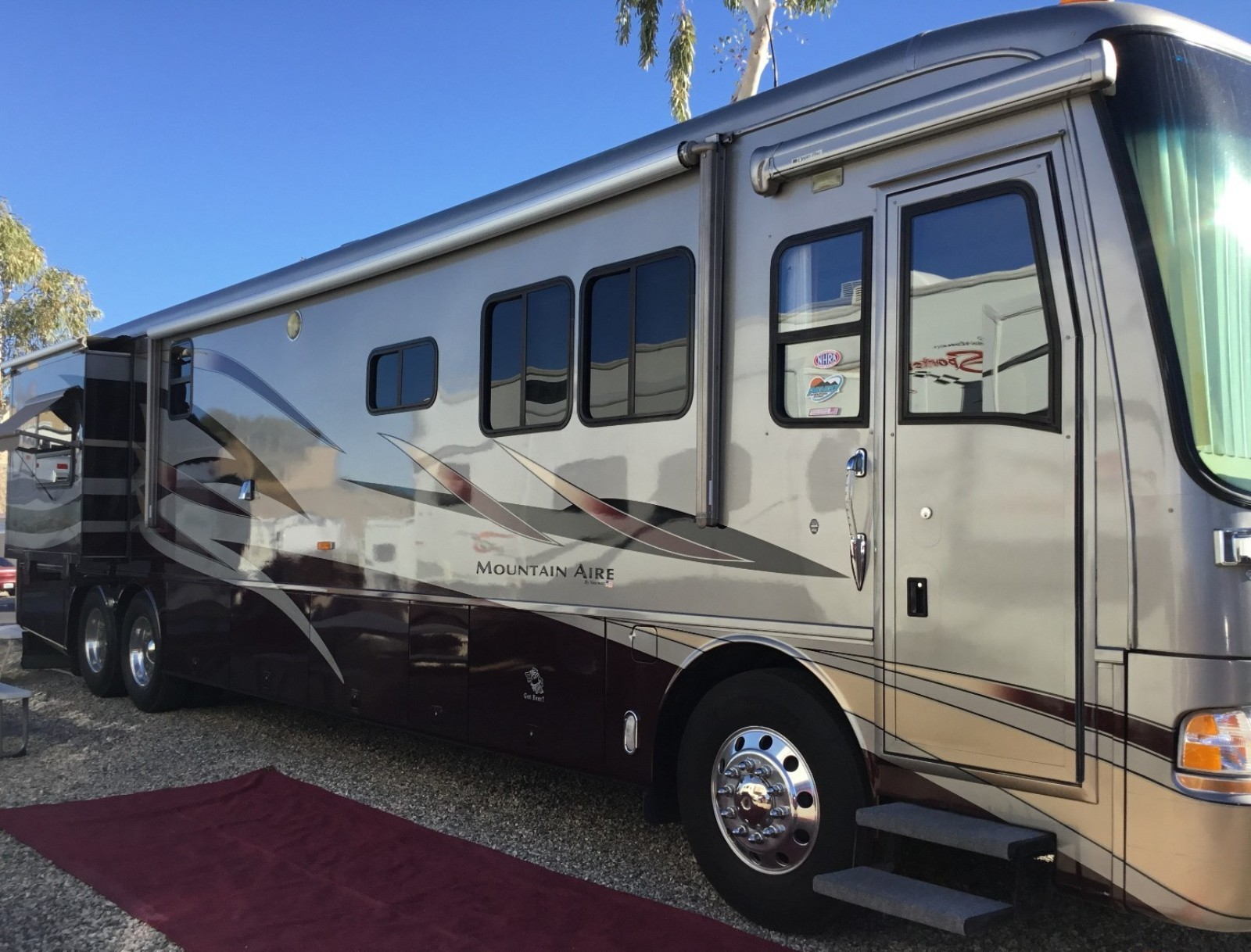 Newmar Mountain Aire 4301 | Used Motorhomes and RVs for sale
