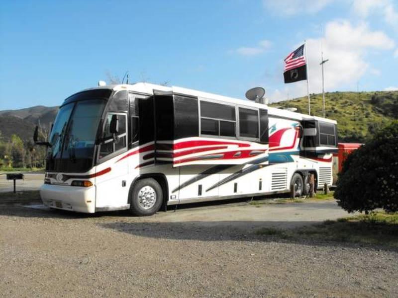 1999 Custom 45 39 Mci Bus Conversion