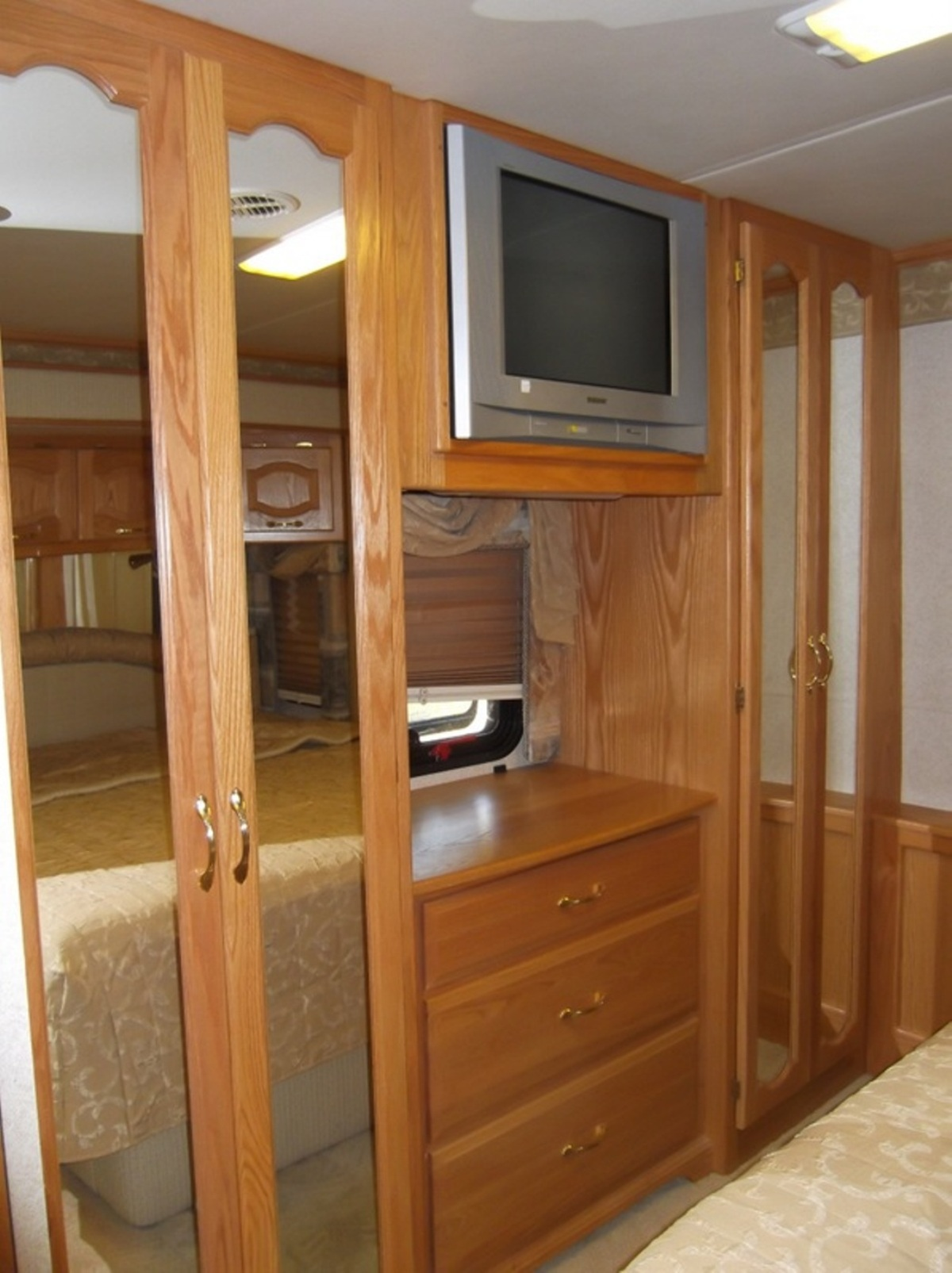 2005 Newmar Mountain Aire 3505 | Used Motorhomes For Sale